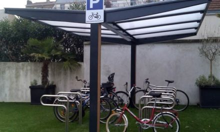 Vélo et moto: les solutions pour assurer leur protection