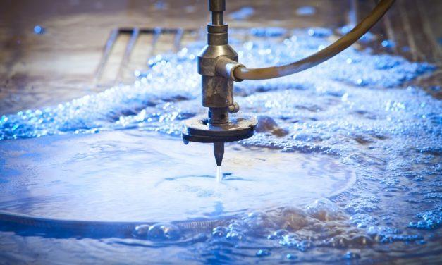 Quels sont les avantages de la découpe par jet d'eau à haute pression ?